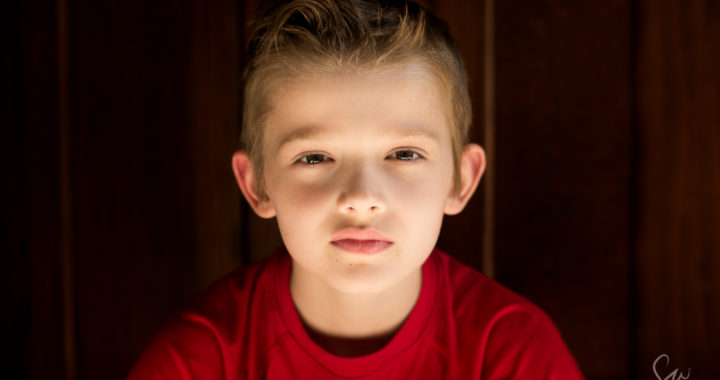 Color-Natural-Light-Simple-Portrait-of-Child-with-Closeup-on-Human-Face--3